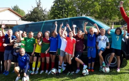 Mädchenfussball - Foto Melanie Hahn